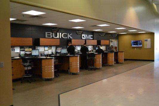 Service Writer Desk ~ Sioux falls jeep billion auto autos post