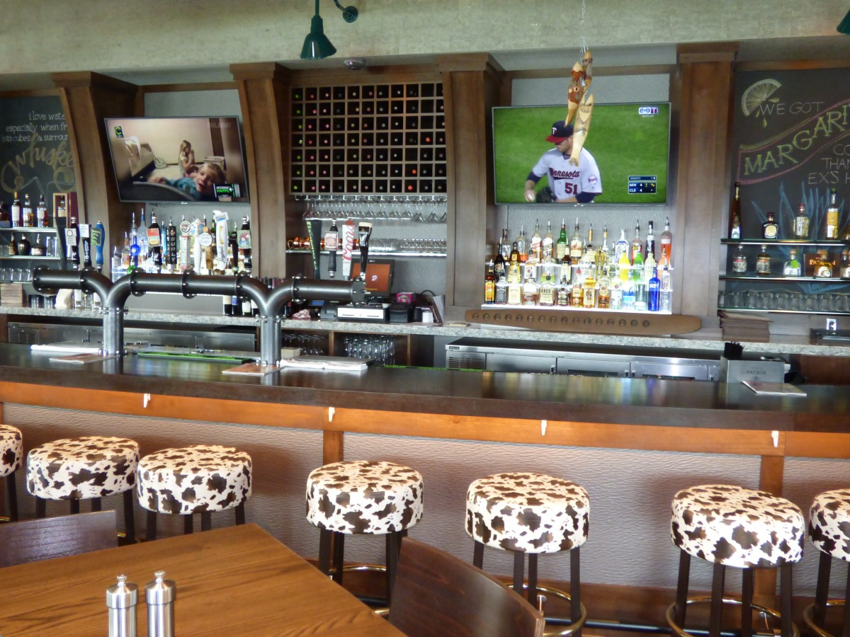 Custom Upscale Bar Cabinetry Creative Surfaces Sioux Falls