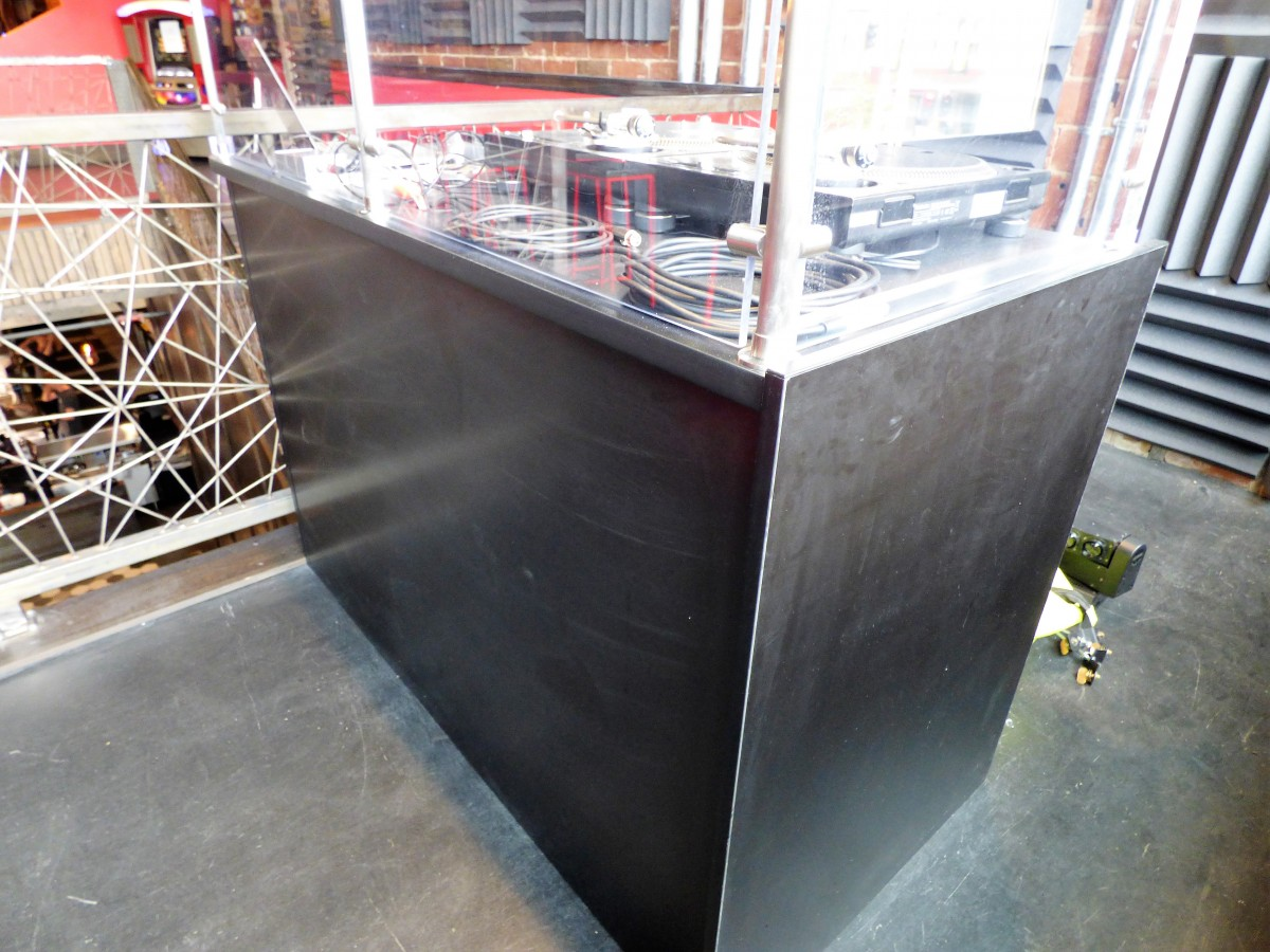 Granite Slabs For Photo Booth : Custom commercial bar countertops creative surfaces inc