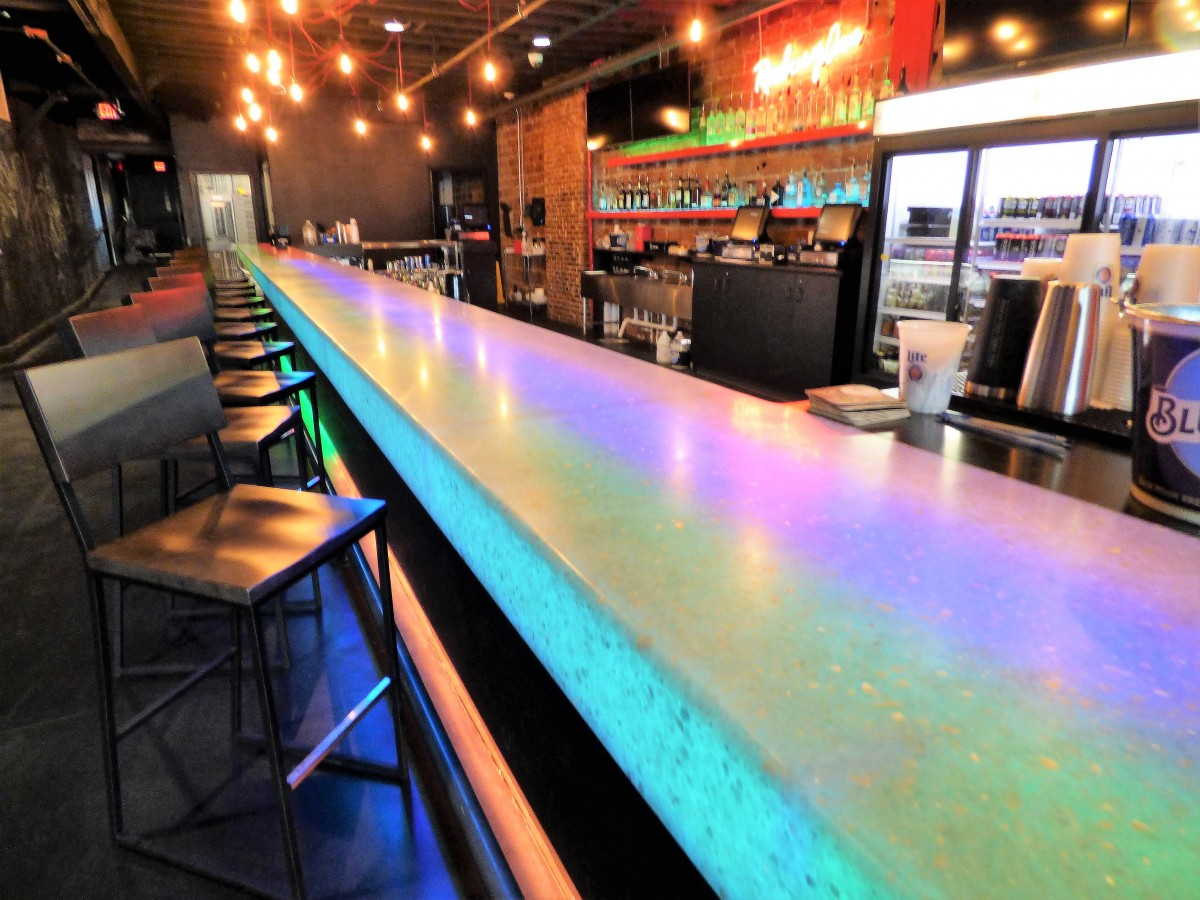 Custom Commercial Bar Countertops Creative Surfaces Inc