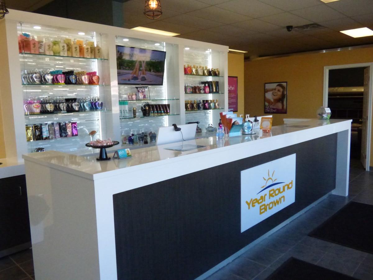 Custom tanning salon cabinetry for Acapulco golden tans salon