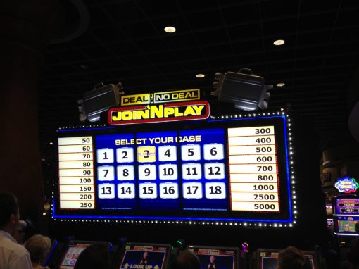 Join 'N Play/Deal or No Deal Game Sign